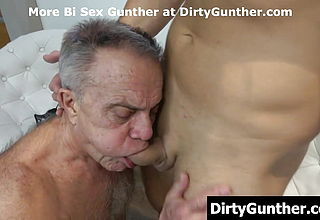 Gunther luvs youthful knob