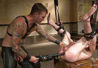2 hanged homo getting their bums romped