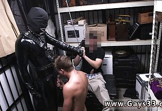 Video of boys having an full salute public queer Dungeon tormento