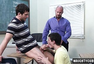Large man meat queer 3some and cum shot